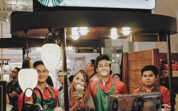 Starbucks' Holiday Treats 2016