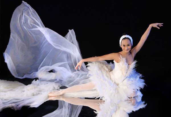 Ballet Manila Brings Together Filipino Dancers for International Dance Day