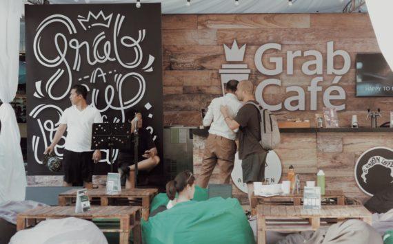 Good Coffee, Fun Items and Chill Nights at GrabCafé